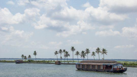 House_Boat,_Alappuzha,_Kerala